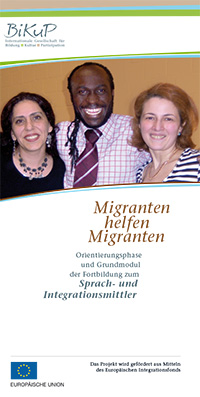Flyer Migranten helfen Migranten