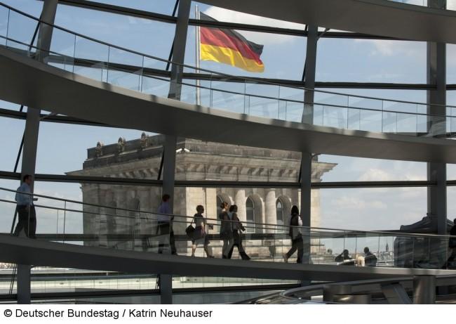 Varinia Fernanda Morales bei der öffentlichen Anhörung im Deutschen Bundestag.